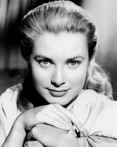 Grace Patricia Kelly (November 1929 – September was an American actress who, in April married Rainier III, Prince of Monaco, to become Princess consorte of Monaco, Commonly refe… Monaco As, Prince Of Monaco, Monaco Royal Family, Catherine Zeta Jones, Ava Gardner, Lauren Bacall, Classic Hollywood, Old Hollywood, Hollywood Glamour