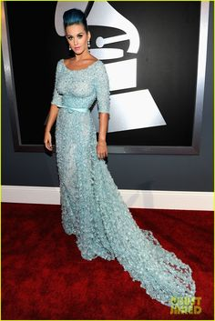 Katy Perry - Grammys 2012 Red Carpet -- im in love with this dress [and her blue hair :) looks way better than the pink]