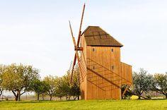Kudy z nudy - Větrný mlýn Starý Poddvorov Le Moulin, Czech Republic, Milan, Windmills, House Styles, Home Decor, Bohemia, Asia, Decoration Home