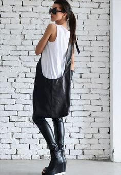 BLACK CASUAL CROSS BODY LEATHER BAG