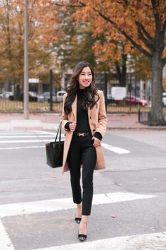 Black sweater+black pants+glitter bow pumps+camel coat+black tote bag+black logo belt. Fall Workwear/ Business Casual Outfit 2017