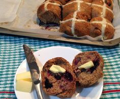 Recipe Zesty spelt blueberry hot cross buns (low fructose) by PatriceR - Recipe of category Breads & rolls