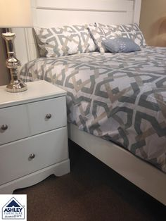 Prentice King/Queen Panel #Bed at Ashley #Furniture in #TriCities ...