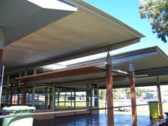 Roof System - University sports clubhouse.