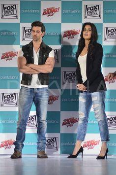 Hrithik Roshan - Katrina Kaif launch Bang Bang collections for Pantaloons.