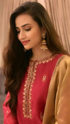 56 Likes, 0 Comments - Sana Javed Silk Kurti Designs, Kurti Designs Party Wear, Stylish Girl Images, Stylish Girl Pic, Stylish Dresses, Dresses For Sale, Mahira Khan Dresses, Indian Bridesmaid Dresses, Simple Pakistani Dresses