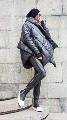 NUOVO inverno Extra caldo asimmetrica stravagante nera di Aakasha