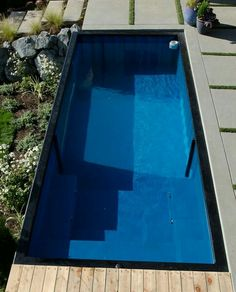 Swimming pool from container Credit by desainrumah