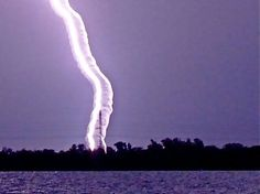 Lightning in a Waterspout (a closer look of the previous photo) - awesome! :-D