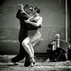 Photography Dance Street Argentine Tango 49 Ideas For 2019 Shall We Dance, Lets Dance, Dance Art, Dance Music, Danse Latino, Danse Salsa, Tango Dancers, Dance Like No One Is Watching, Dance Movement