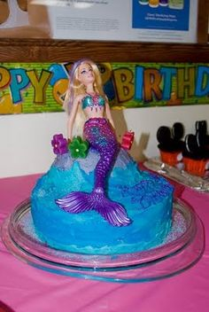 mermaid cake, ok, water and rock cake with a Barbie on top