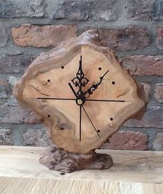 Woodworking opportunitiesTable clock for a small and personal touch for every master wood collector (Woodworking Art)Clock London plane burl More - Umut Şentürk - burl clock London plane Şe . Rustic Wall Clocks, Wooden Clock, Wooden Art, Wooden Crafts, Big Wall Clocks, Clock Art, Diy Clock, Clock Decor, Cool Clocks