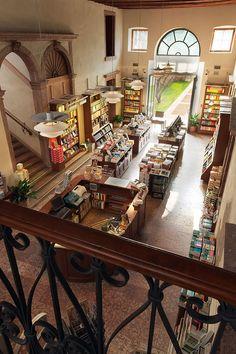 Bassano del grappa - Una delle librerie più belle al mondo è in Italia... Le immagini - Il Libraio