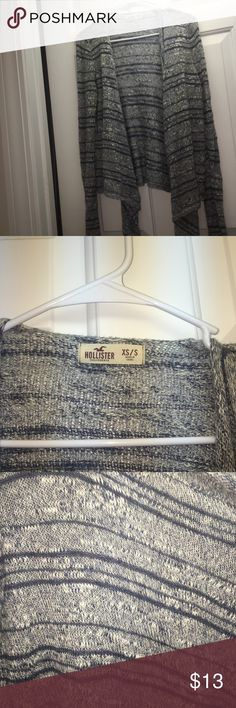Grey&blue cardigan Only worn a few times! Super cute and comfy! 💓leave an offer! Hollister Sweaters Cardigans
