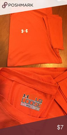 Under Armour T Shirt Orange l loose fit shirt Under Armour Shirts Tees - Short Sleeve