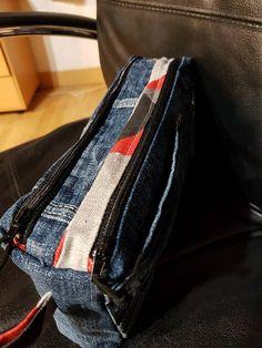 Trousse Zip-Zip cousue par Nanou en jeans recyclé - Patron Sacôtin