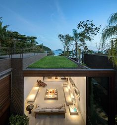 awesome rooftop located above the living area with overlooking a beautiful beach