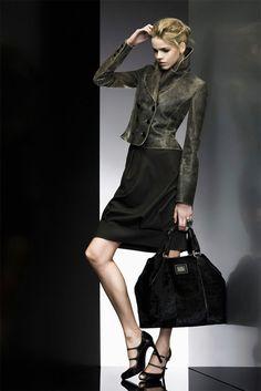 Giorgio Armani – Pre-Fall 2009 – Vogue