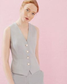 Where To Buy A Women's Suit For Prom 2017