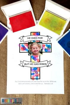 Easter Cross Craft for Sunday School Classrooms - Great crafts for toddler and preschool age kids. Fingerprint Easter craft with Free Printable.
