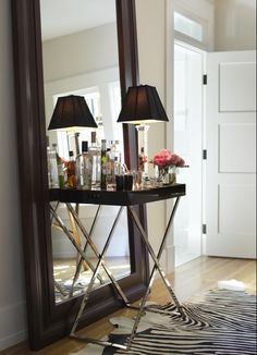 New Post: Set 'Em Up Joe: Mixing Style & Cocktails  image via http://decorpad.com