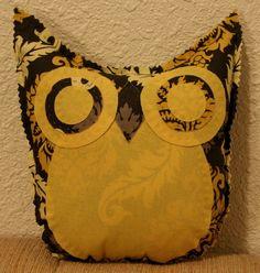 damask owl friend by makemorefriends on Etsy, $20.00
