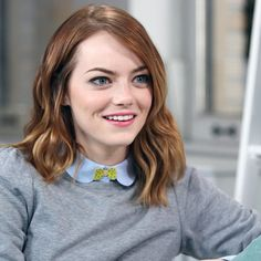 Celebrities - Emma Stone Photos collection You can visit our site to see other photos. Emma Stone Body, Emma Stone Hair, Emma Stone Style, Emma Stone Birthday, Emma Stone Films, Emma Stone Red Carpet, Ema Stone, Actress Emma Stone, Celebrity Babies
