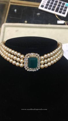 Necklaces – Page 3 – Modern Jewelry Pearl Necklace Designs, Pearl Choker Necklace, Gold Earrings Designs, Gold Jewellery Design, Bead Jewellery, Beaded Jewelry, Jewelry Necklaces, Diamond Choker, Diamond Necklaces
