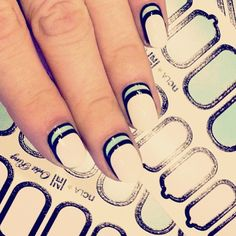 Nails strips  by shopncla