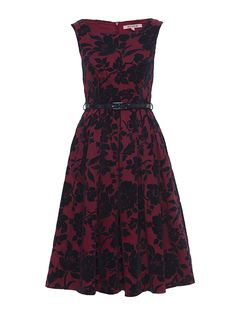 Wonderland Prom Dress in Shiraz Vintage Looking Dresses, Vintage Inspired Dresses, Vintage Style Dresses, Dress Vintage, Prom Dresses Online, 15 Dresses, Short Dresses, Fashion Dresses, Floral Dresses