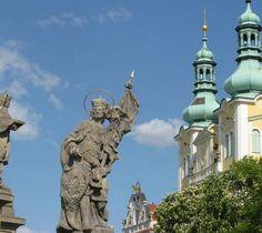 HRADEC KRÁLOVÉ Sports Organization, I Am A Queen, Czech Republic, Castle, City, Bohemia, Nice Asses, Castles, Cities