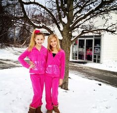 chloe lukasiak and paige hyland My two favorite dancers from Dance Moms