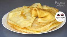 Блинчики можно подавать со сметаной, джемом, медом, вареньем или завернуть в них любую начинку.