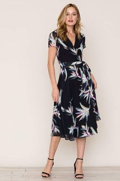 a06236f66b840 Yumi Kim Spin Me Around Dress Wrap Dress Floral