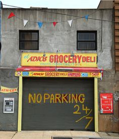 Specter is also a conceptual artist and sculptor. He painstakingly hand-painted this Bodega facade as an homage to the New York street scenes that are disappearing. Bushwick 5 Points by Festival. (photo © Jaime Rojo)