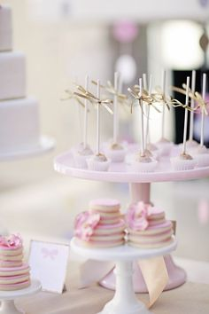 Party in White, Pink & Gold