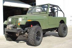 Just a nice yj Jeep Wrangler Models, Jeep Wrangler Yj, Jeep Sahara, Green Jeep, Vintage Jeep, Jeep Suv, Cool Jeeps, Lifted Trucks, Offroad