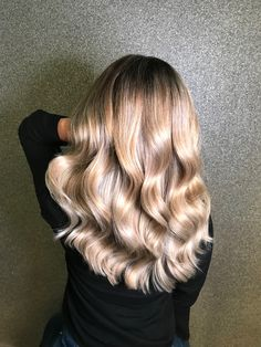 Balayage hair sand beige #balayage #balayagehair #balayageblonde #wellacolor @kapsalonhaarvisie @asumanjamal Beige Hair Color, Blonde Balayage, Long Hair Styles, Beauty, Long Hairstyle, Long Haircuts, Long Hair Cuts, Beauty Illustration, Long Hairstyles