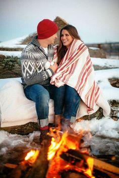 10 Romantic Winter Engagement Photo Ideas, http://hative.com/10-romantic-winter-engagement-photo-ideas/,