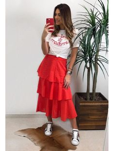 overall outfit casual Modest Outfits, Skirt Outfits, Modest Fashion, Skirt Fashion, Chic Outfits, Dress Skirt, Summer Outfits, Fashion Dresses, Look Chic