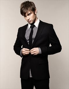 Chace Crawford~ Love a man who can dress ;)