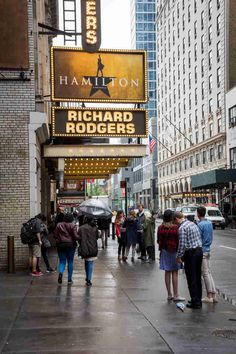 How to Get Cheap Broadway Tickets, According to Theater Insi.- How to Get Cheap Broadway Tickets, According to Theater Insiders Hamilton on Broadway - New York Broadway, Broadway Plays, Broadway Shows, Hamilton Broadway, Hamilton Musical, Theatre Nerds, Musical Theatre, Cheap Broadway Tickets, Broadway Sign