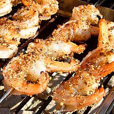 Pecan Crusted Honey Grilled Shrimp - Smoked N Grilled this Grillbot Grilling Recipes, Fish Recipes, Seafood Recipes, Great Recipes, Favorite Recipes, Prawn Recipes, Grilling Ideas, Bbq Ideas, Vegetables