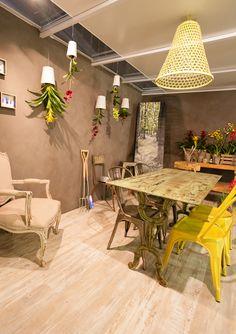 Divide & Conquer stand by designer Amanda Van Wyngaardt Homemaking, Amanda, Divider, Dining Table, Van, Table Decorations, Furniture, Design, Home Decor
