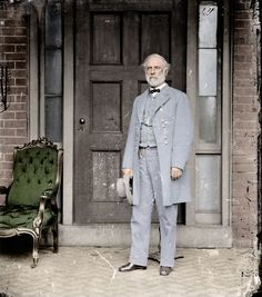 Picture of Confederate Gen. Robert E. Lee, a week after he surrendered to Gen. Ulysses S. Grant - 1865