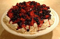 wild berry pavlova