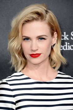 60 Best Lob Haircut Ideas of 2018 - Best Long Bob Haircut and Hairstyle Ideas Celebrity Bobs, Celebrity Hairstyles, Celebrity Makeup, Celebrity Style, Lob Hairstyle, Pretty Hairstyles, Hairstyle Ideas, Hairstyles Haircuts, Summer Hairstyles
