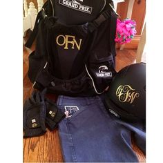 Monogram Monday! We love Personally Preppy equestrian monograms!