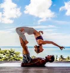 There are a lot of yoga poses and you might wonder if some are still exercised and applied. Yoga poses function and perform differently. Each pose is designed to develop one's flexibility and strength. Couples Yoga Poses, Acro Yoga Poses, Hatha Yoga, Fit Couples, Fitness Couples, Kundalini Yoga, Yoga Inspiration, Fitness Inspiration, Style Inspiration