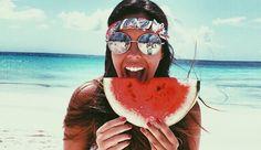 7 razones por las que comer sandía: http://www.cosmopolitantv.es/noticias/7320/7-razones-por-las-que-comer-sandia